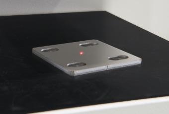 板厚検知センサー標準装備